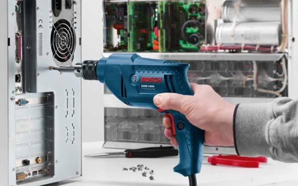 máy khoan Bosch rất tiện dụng
