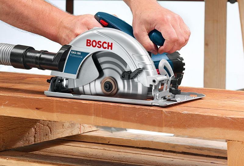 máy cưa đĩa Bosch và máy cưa Makita
